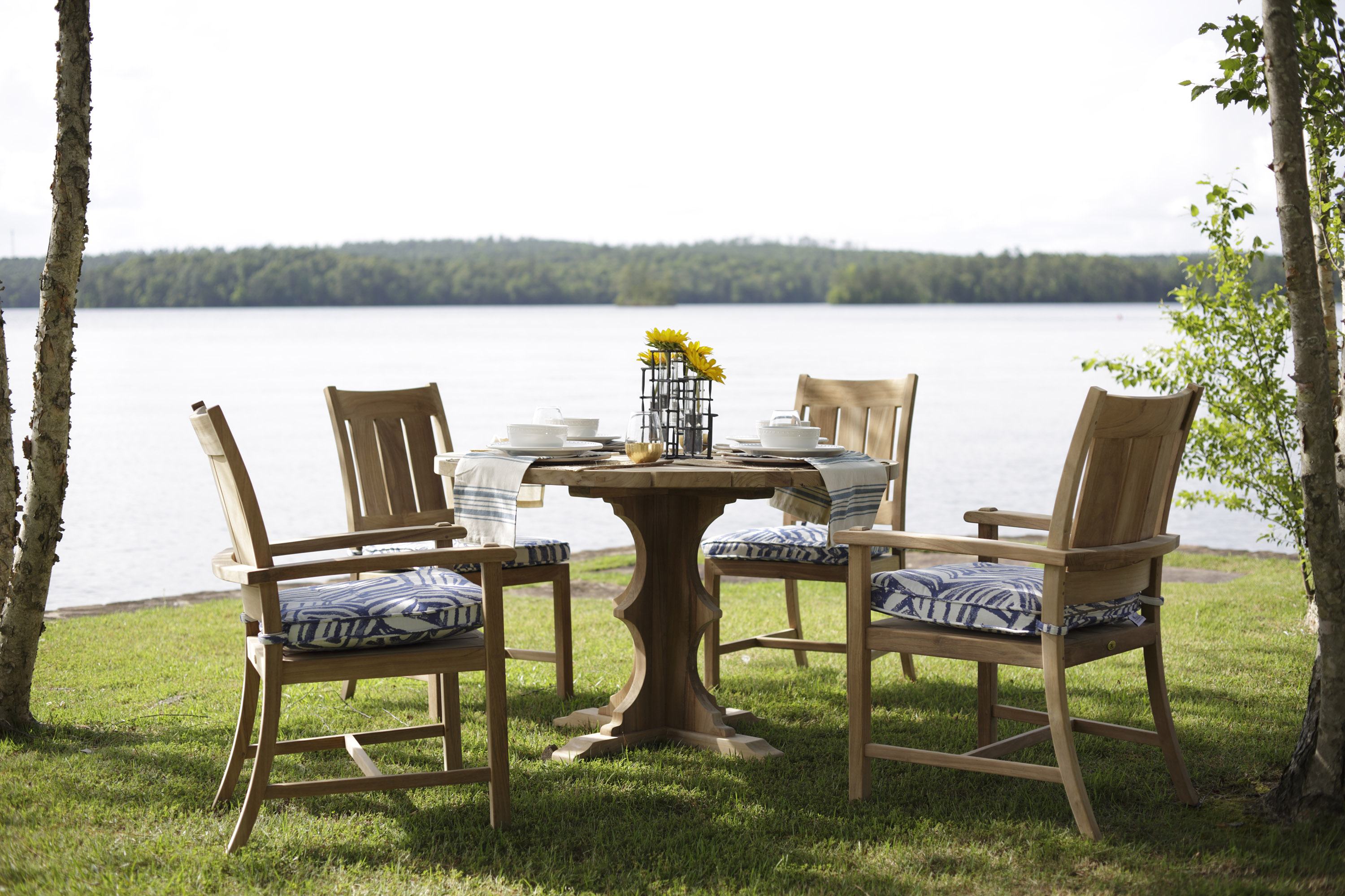 Summer Classics Teak Dining Set with 075 Interactive Cobalt outdoor fabric