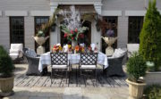 How to Arrange an Outdoor Thanksgiving Table