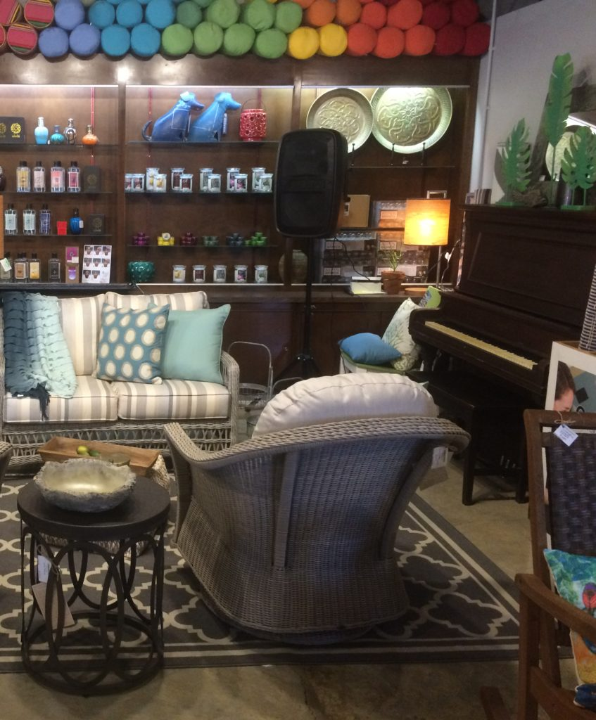Tupelo outdoor furniture store