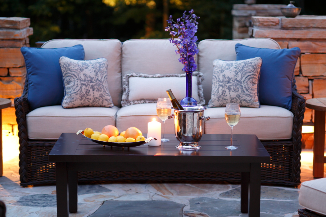 Outdoor Living Space Design Tips On A Budget Summer Classics