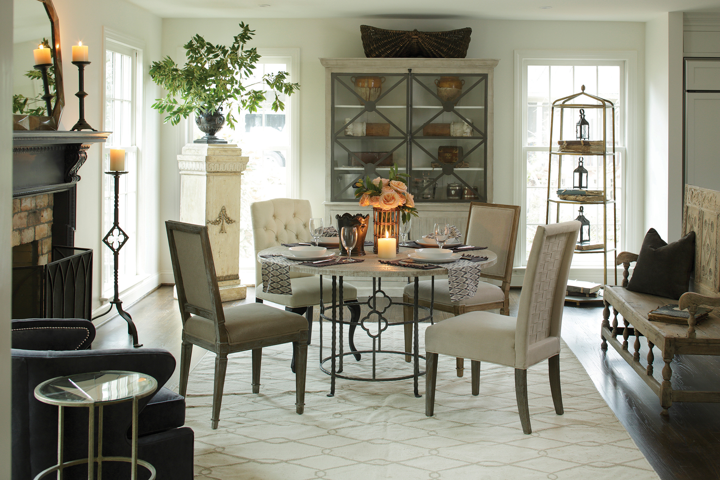 Gabby transitional dining room furniture | Summer Classics