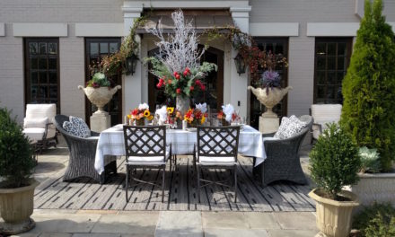 How to Create a Thanksgiving Table Centerpiece