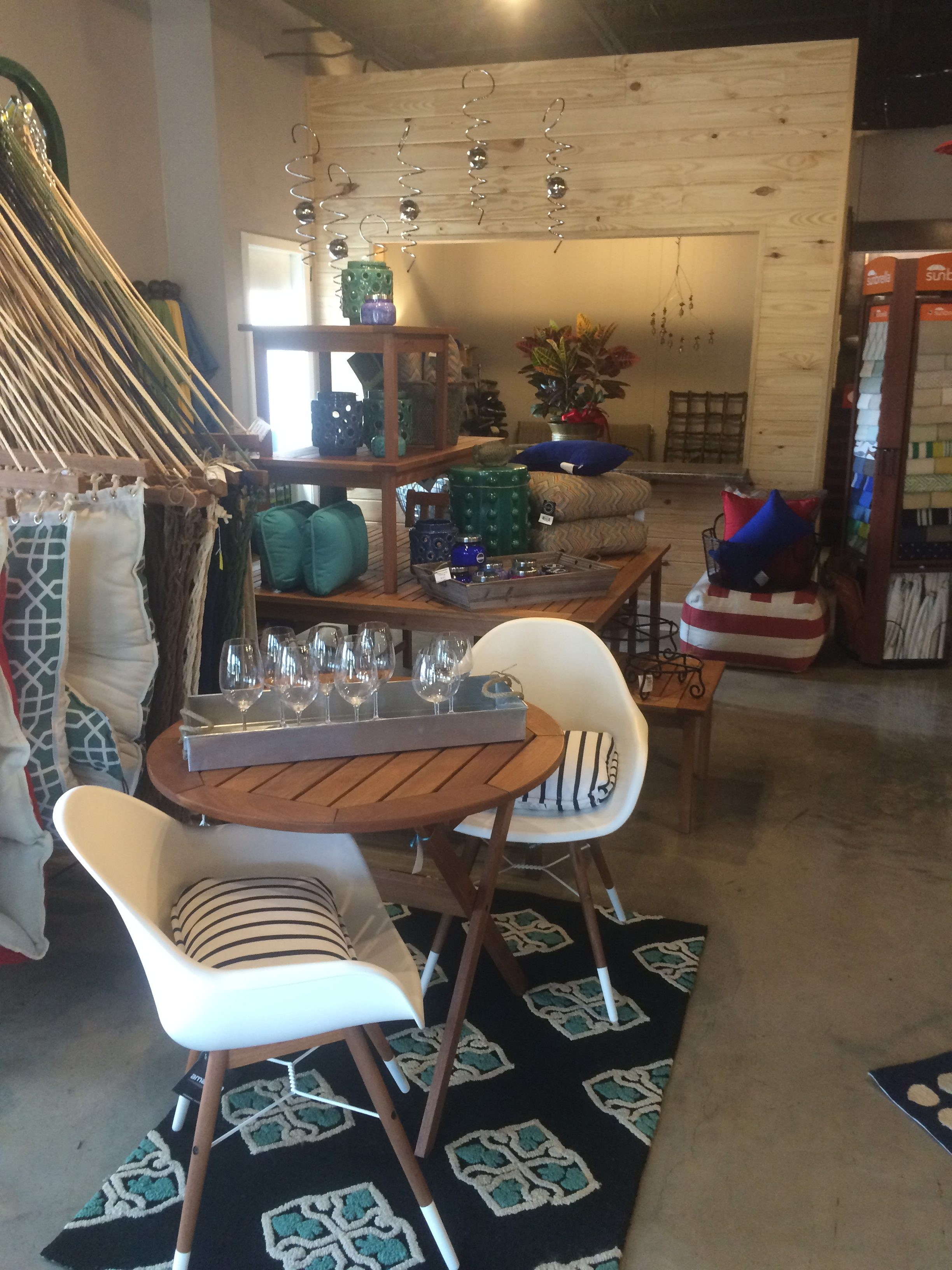 Tupelo MS Outdoor Furniture Store Re Opens